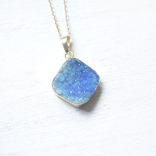夜空| 蓝水晶 镀金 原石 天然石 项鍊 /087/ - flo