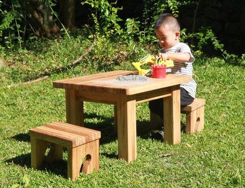 小尾巴原木桌椅組(一桌兩椅)