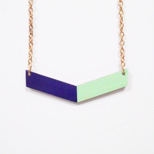 手绘彩色块木制箭形项链