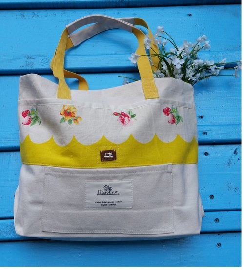北歐款式黃色花草莓,可愛衣車真皮章包包/手提包/肩背包/全棉帆布/手工制
