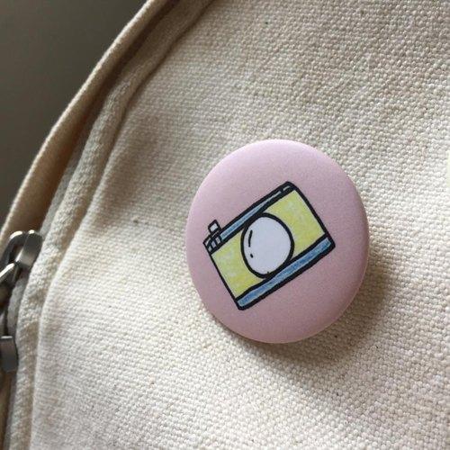 手绘玩具相机 / 徽章