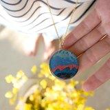 草原綠世界 / 藍紫色的海浪 / 太陽浩劫 圓圓項鏈