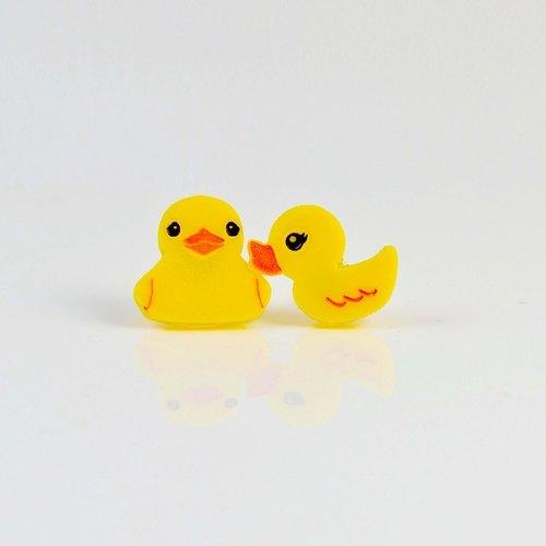 黄色小鸭鸭/正面侧面都可爱/抗过敏钢针/可改夹式