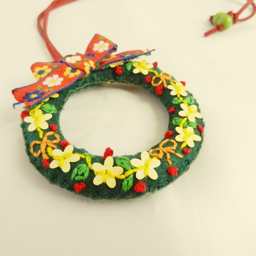 圣诞礼物 独立设计原创刺绣花环花圈项链胸针