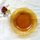立體摺邊褐色玻璃盤.甜點盤.蛋糕盤::老件.限量一個.立體摺邊花紋::