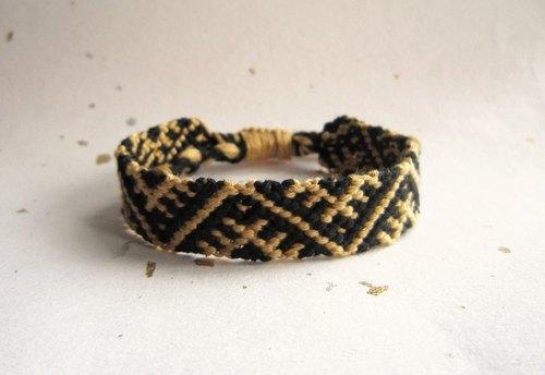 小帳篷 幸運繩編織手環 (可選色)