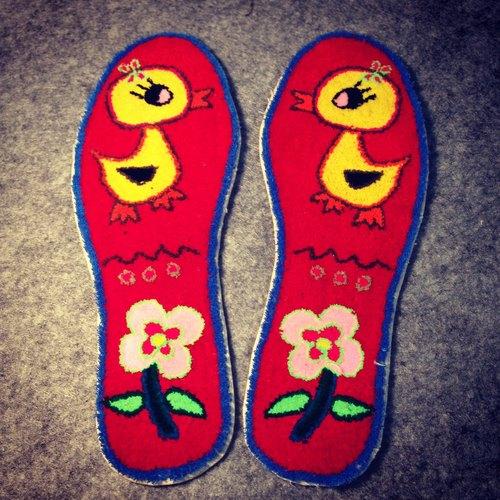 鸭子 黄色小鸭子 粉红色 花 粉色花 可爱 传统 纯手工 鞋垫 割绒鞋垫
