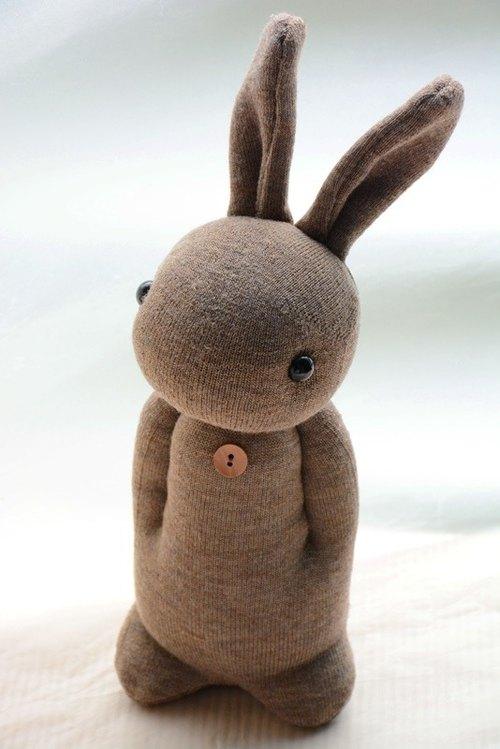 自然风手作袜子娃娃~暖心小兔(褐色brown)