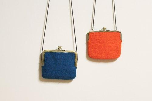 横的长方形/羊毛毡口金包