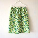 漂亮綠花木釦及膝裙