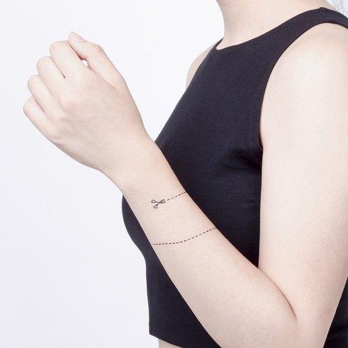 虚线纹身三角形图案