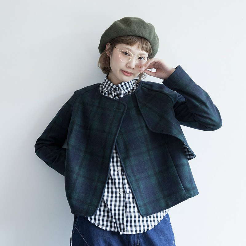 hewu and things independent self-made women's Japanese college wind hair short coat Scottish plaid top retro