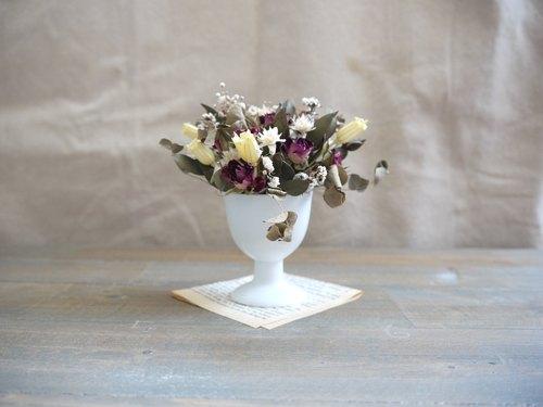【古典花藝感】乾燥花陶瓷高腳桌花