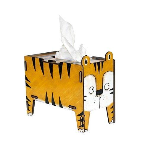幼儿园环境布置纸箱动物造型