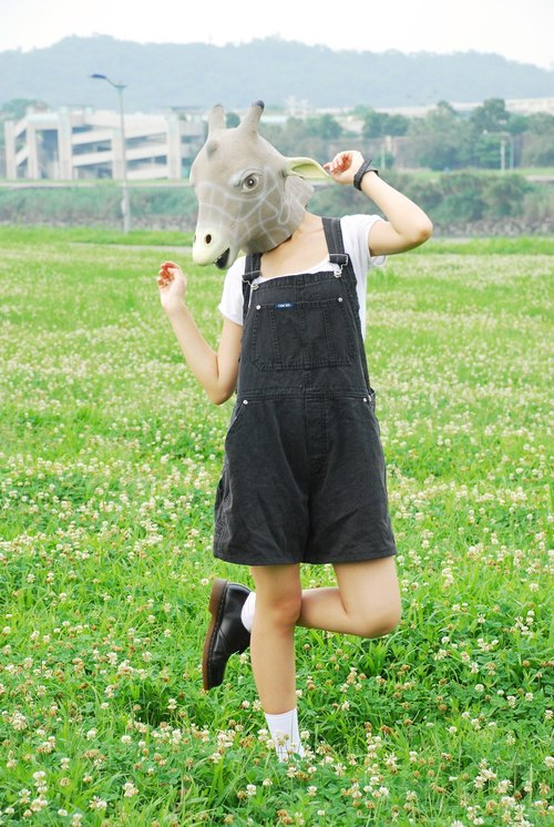 {::: Giraffe giraffe people :::} _ ancient basic black denim pants suspenders