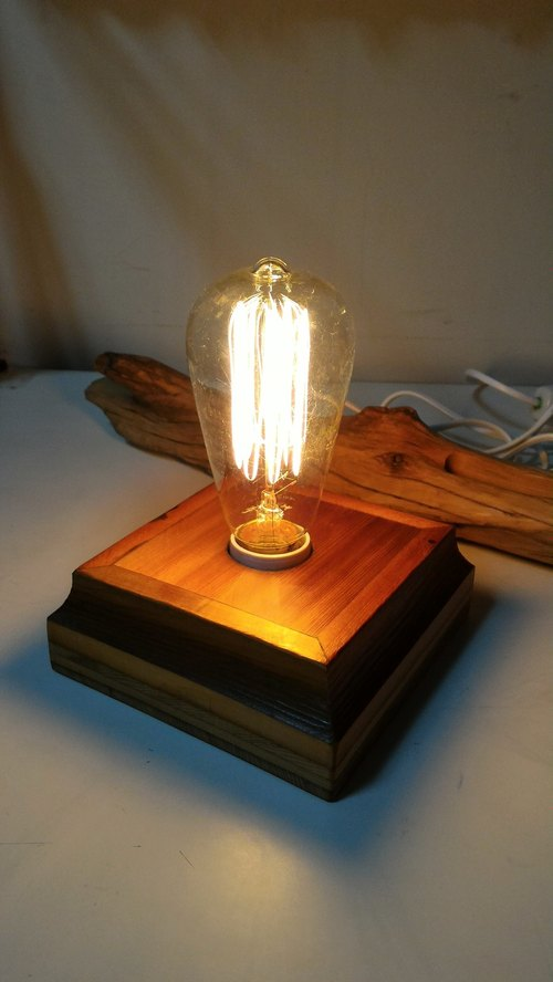 ~ ~ Retro old wood for new Taiwan cypress lampholder