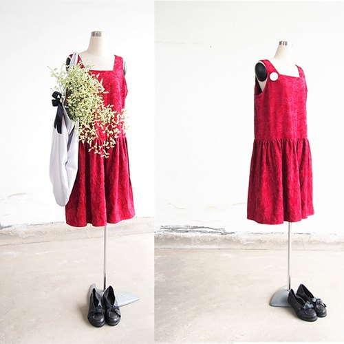 Old things retro cotton clothing original design pattern in red dress strap dress (with brooch)