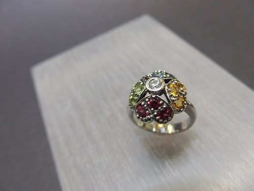Red garnet + topaz + olivine + ice kinds Aquamarine Silver Ring Garnet + Citrine + Olivine + Aquamarine Silver Ring