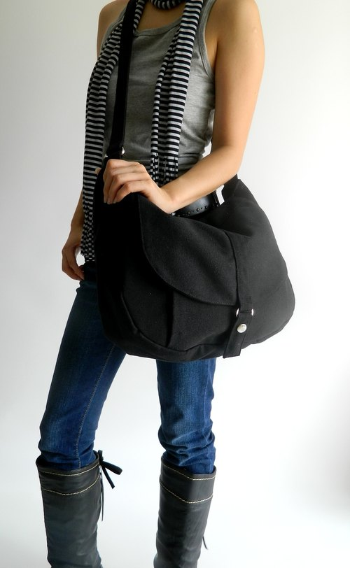 Handmade -  Kylie in black - // messenger  / crossbody bag / school bag / shoulder bag / cotton / canvas // SALE  30%