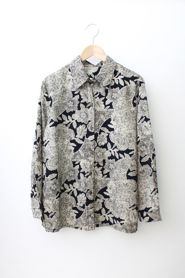 [RE0304T1404] Black retro vintage totem loose shirt