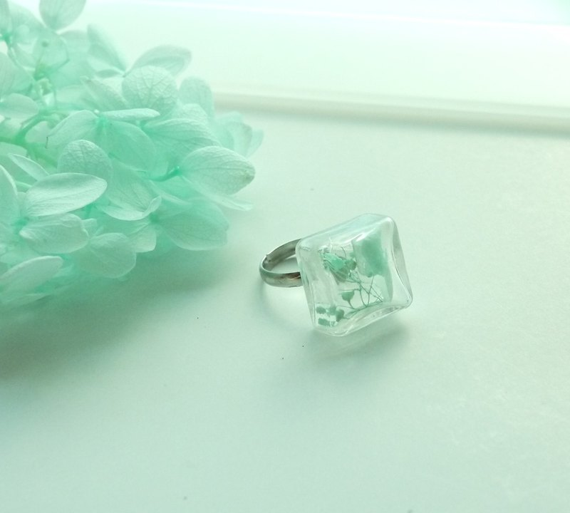Geometric square beads mint green amaranth original hand-made glass beads opening Ring Ring meson Jewelry Beads Ball Ring Mint Green Free Shipping