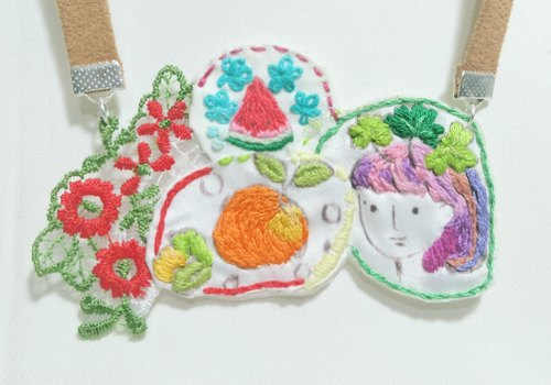 Hand-painted four grass villain children oranges and watermelon embroidery necklace
