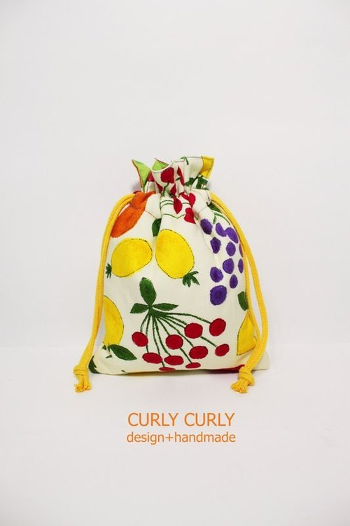 [CURLY CURLY] fruit samba / cotton shop camera pouch