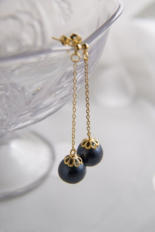 Japanese traditional handmade Cotton Bead chain earrings (blue-black)