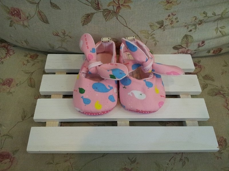 Cute baby whale toddler shoes (12cm)