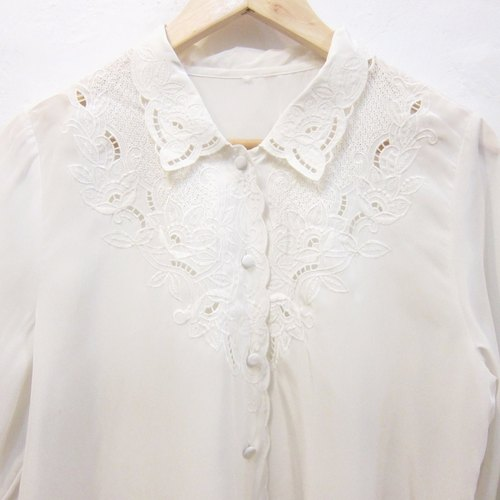 ✵ ✵ APICAL ュ ア super beautiful vintage shirt collar white blouse