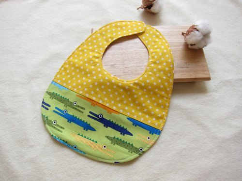 Green alligator mouth - baby baby cotton bibs (yellow star splicing paragraph)
