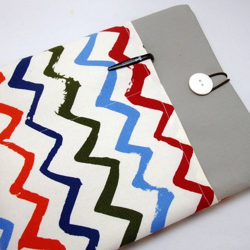 "11"", 13"" Macbook Air case, 13"" Macbook Pro case, Laptop case,Computer case 電腦袋,布套 ,布包 - V形圖案 (211)"