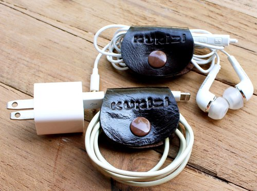 "2 pcs. Of ""Chesnut"" Earphone Hub / Earphone organizer - brown."