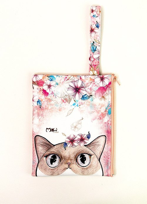 Clutch / Cosmetic Bag / small objects bag / travel carry bag - Flower Cat