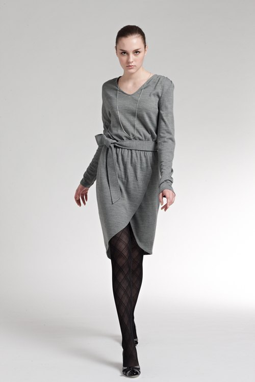 Unilateral asymmetric sleeves knitted suits