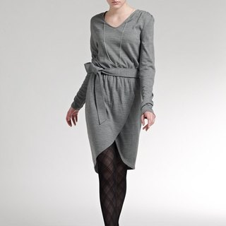 Asymmetric unilateral sleeve knit suit