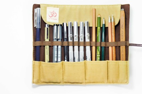 Feel Reel / spring rolls Pencil - Pens beige house (Peru Alpaca / mud horse)