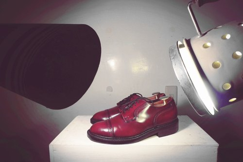 ~ After the garden - vintage wine red cross decorated Derby shoes (size 40 men's wear)
