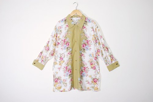 {::: Giraffe giraffe who :::} Sleeve flower cluster group King over size vintage shirt