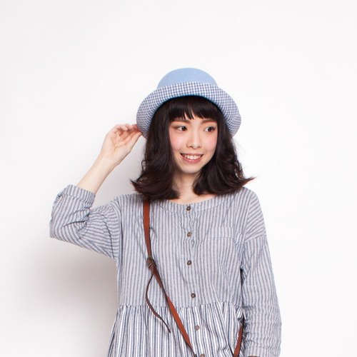 JOJA│ small azure blue grid x-sided hat L Spot
