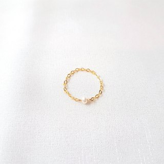 Small pearl chain ring