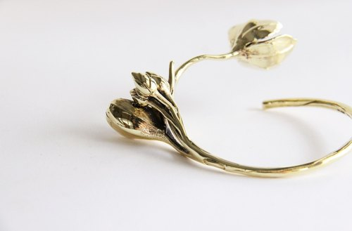 Golden Flower Bangle - Brass metal Cuff