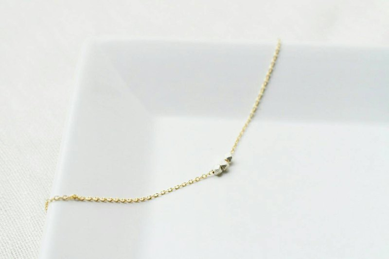 """Expectation Whisper series"" 24K gold chain clavicle fine slice small cubes"