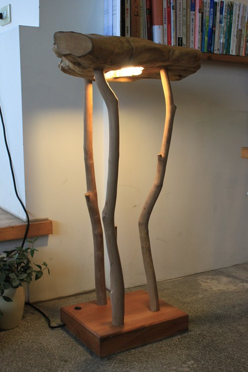 Wood floor lamp / floor lamp