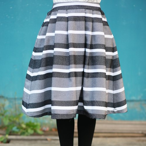 Annie Chen striped skirts pleated skirt new winter women's casual retro