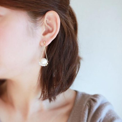 Pearl bead earrings altalena [white]
