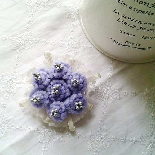 MFP purple cloth blankets handmade lace flowers brooch pin flower bouquet