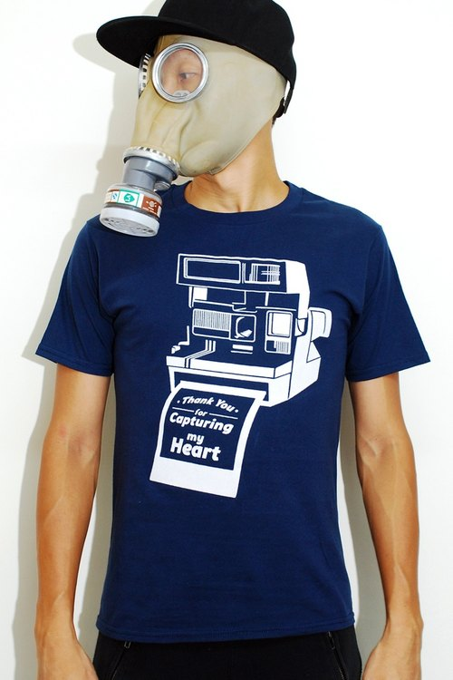 Thank you for capturing my heart - Polardoid camera message tee - Indie Cult graphic tshirt / t shirt / t-shirt / tee for men & women unisex navy blue tshirt