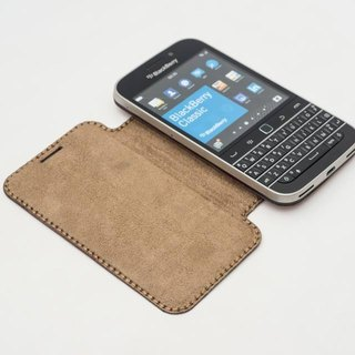 BlackBerry Classic side open leather protector