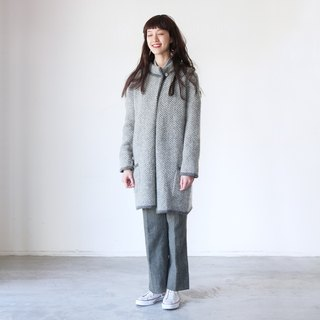 A ROOM MODEL - VINTAGE, CJ-3131 light gray plush wool coat retro patterns with Shimokitazawa